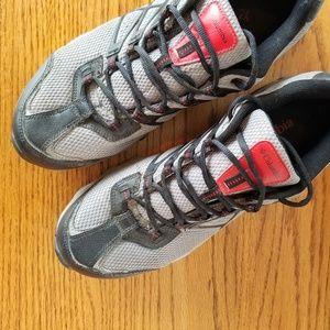 Menswear | Columbia Gray & Black Sneakers